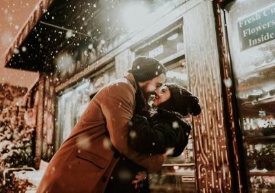 Rüyada eşine sarılmak