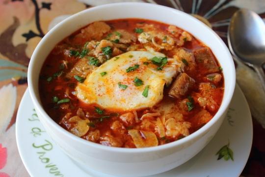 İspanyanın meşhur sarımsak çorbası