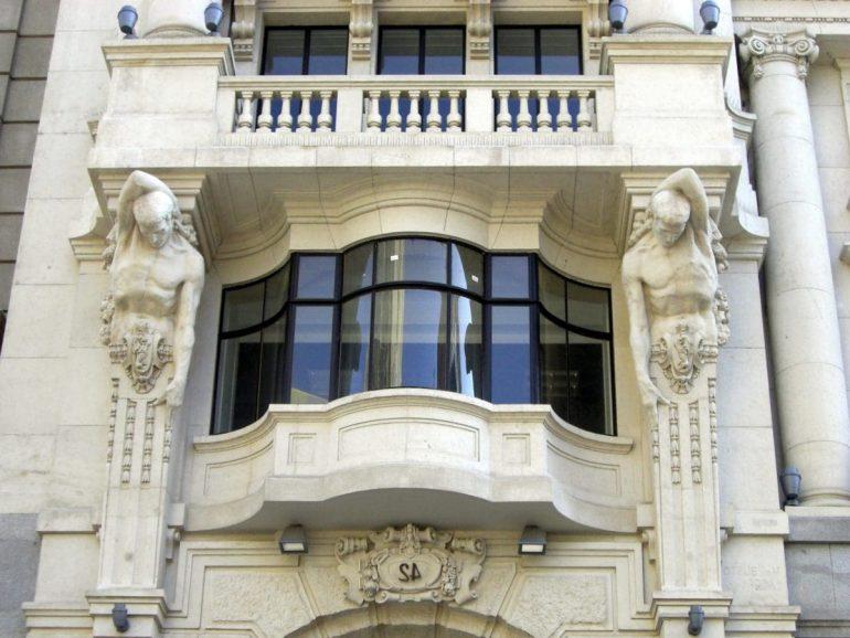 Cam balkon yaptırırken nelere dikkat etmeliyiz?