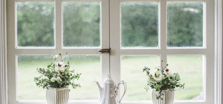 Pencere önü dekorasyon