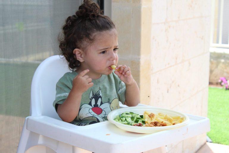 Çocuklarda yemek yememe