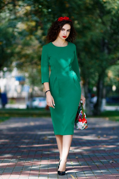 Yeşilin altına ne giyilir?
